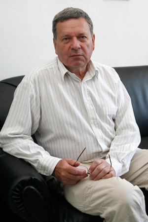 проф. д.ик.н. Атанас Близнаков