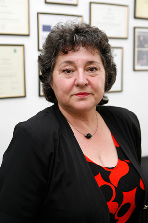 доц. д-р Ефросина Джонова